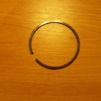 Dugattyúgyűrű Univerzális 41x1,5mm oldalt stift