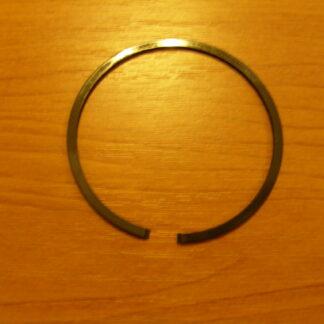Dugattyúgyűrű Univerzális 41,5X1,5mm oldalt stiftes